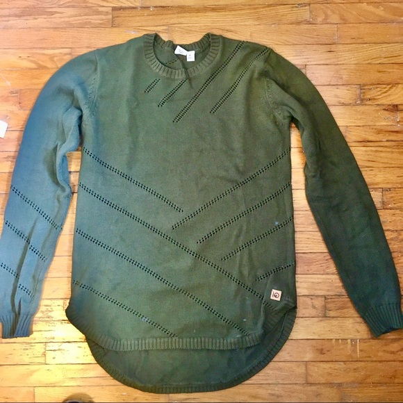 Olive green TenTree sweater
